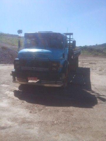 Caminhão 1113 carroceria - Foto 3