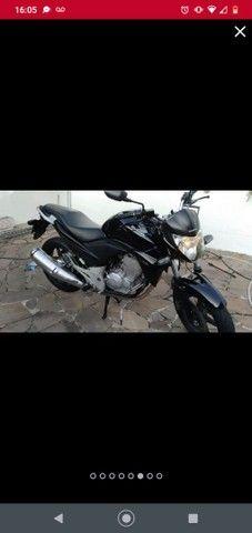 Honda CB 300r conservada