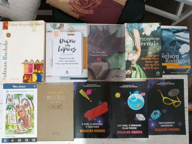 Kit de livros em excelente estado