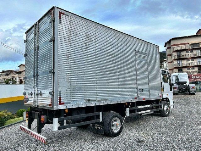 Caminhão Ford Cargo 1119 - Foto 4