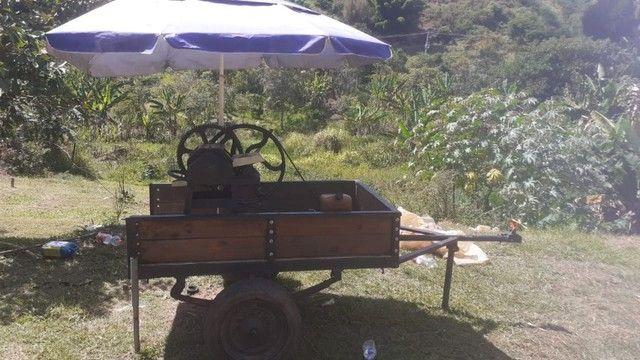 Vendo moinho de cana com motor a gasolina e com carrocinha  - Foto 3