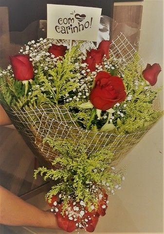 Buque de Rosas - feita com todo carinho - Foto 2