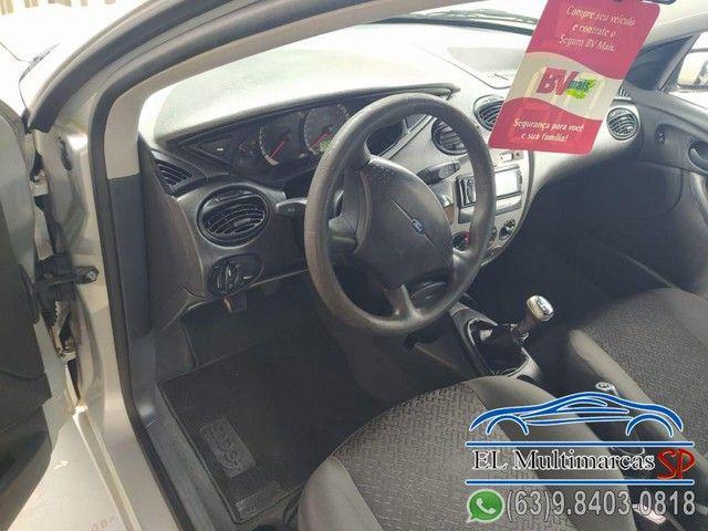 Ford Focus Sedan 1.6/1.6 Flex 8V/16V 4p Mec. - Foto 8