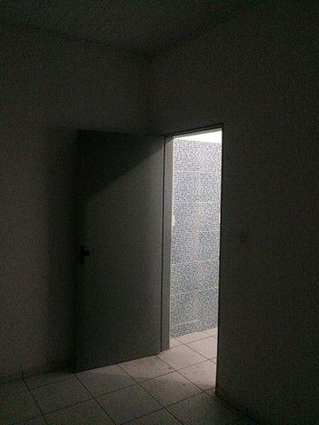 Alugo Excelente Quitinete no Mocambinho - Foto 2