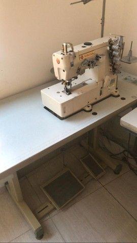 Máquina de Costura profissional - Galoneira Singer  super nova  - Foto 2