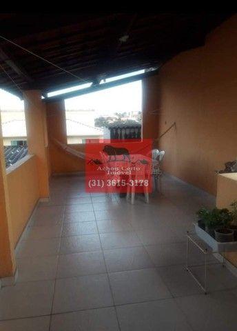 Casa com 3 quartos em lote de 360m² à venda no bairro Urca em BH