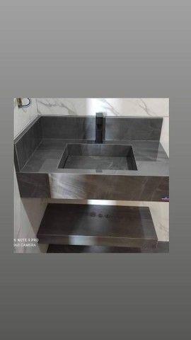 Cubas de banheiro, nichos e cozinhas planejadas em porcelanato - Foto 2