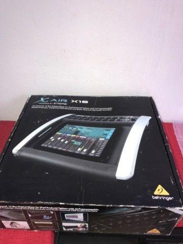 Mesa de som digital behringuer x18 nova
