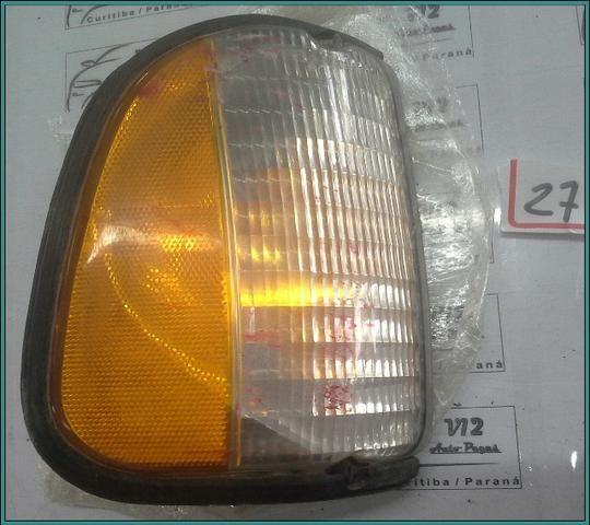 Lanterna traseira esquerda Ford E350