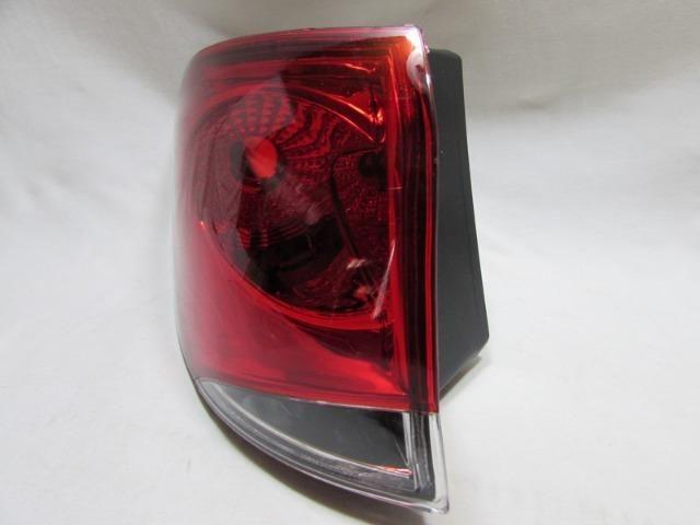 Lanterna Traseira Palio Weekend 2008 A 2012 Bicolor Esquerdo - Foto 2