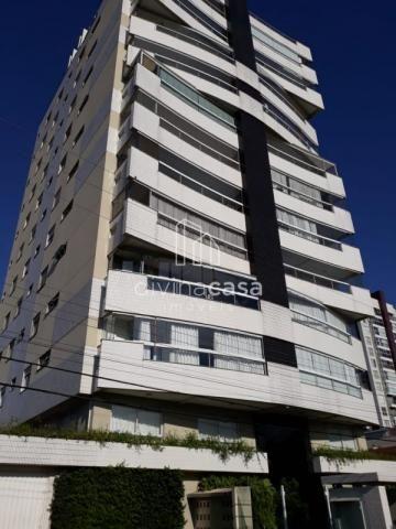 Lindo apartamento semi mobiliado, suite master mais duas suítes, em ótima localização! - Foto 2