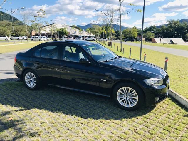 BMW 320i (ÚNICO DONO)