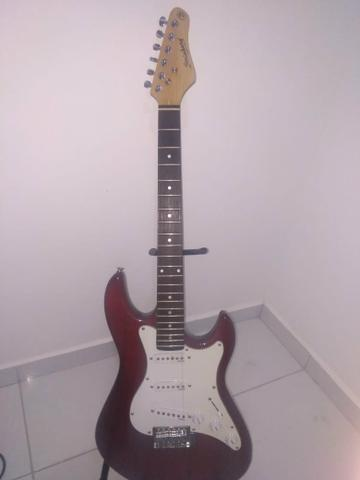 Vendo guitarra strato strinberg