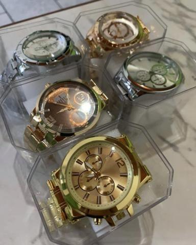 Relógio super barato pra sair logo