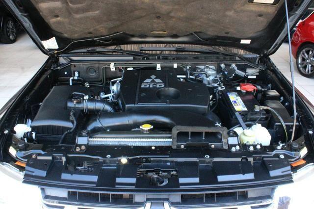 Mitsubishi Pajero Full Hpe 3.2 Diesel 2013 Blindado Nível IIIA V1 - Foto 5