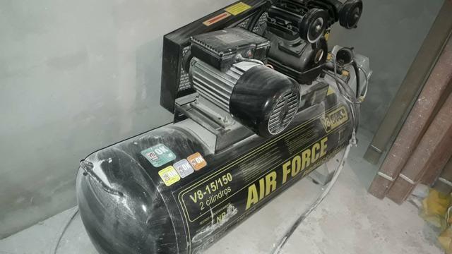 Compressor file 15 pés 150lts R$1900