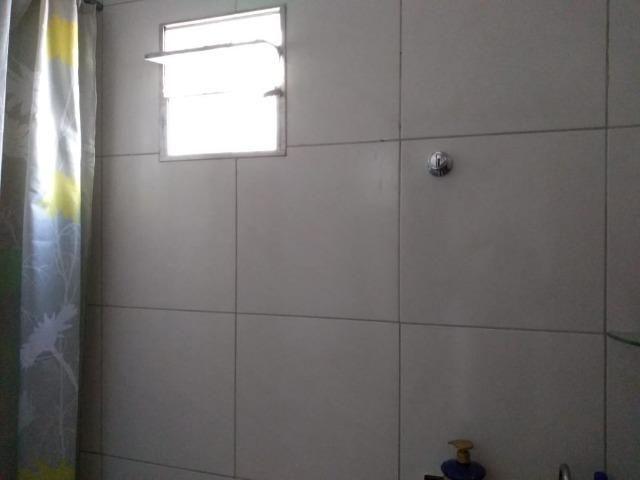 Vende-se/Repasse Uma Otima Casa - Foto 4