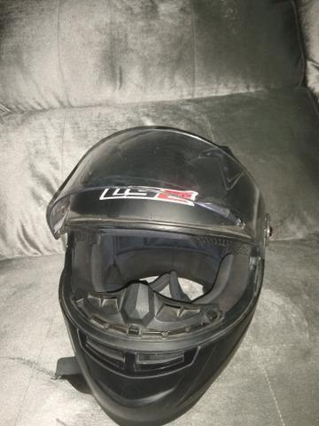 Vendo capacetes aceito cartão crédito e débito - Foto 3