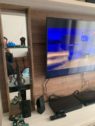 Painel rack de televisão com 4 gavetas - Foto 4