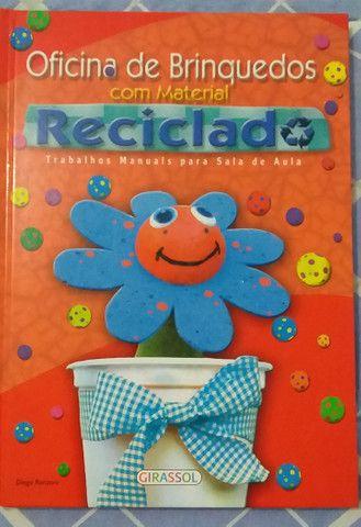 Livro Oficina de brinquedos com material reciclado