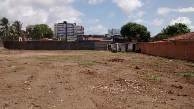 Terreno 2640M2 em Lauro d Freitas plano murado 3 mts d altura - Foto 9