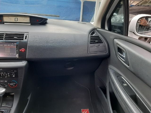 Citroen C4 Hatch - Foto 17