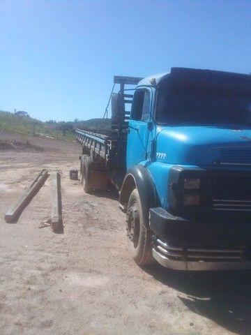 Caminhão 1113 carroceria