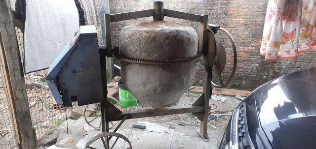 Vendo Bitorneira 250 litros - Foto 5
