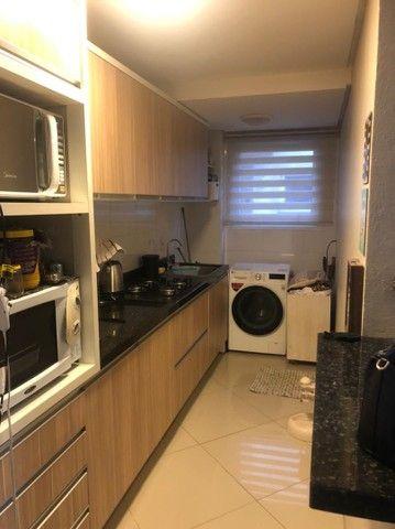 Apartamento semi mobiliado + garagem