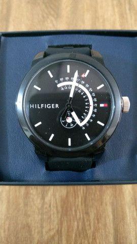 Relógio TOMMY HILFIGER.  - Foto 2