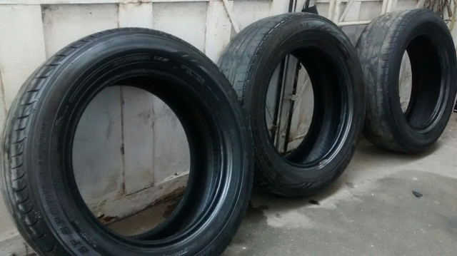 Pneus usados Dunlop(03) unidades apenas.Medidas: 195/60r15 - Foto 5