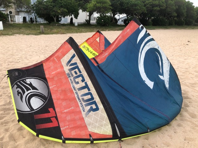 Kitesurf completo Cabrinha Vector 11 - 2012 + prancha e trapézio  - Foto 2