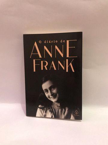 Vendo livro Diário de Anne Frank, em ótimo estado!