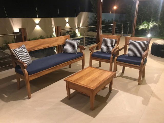 Conjunto Sofá e Poltronas madeira Maciça  - Foto 3