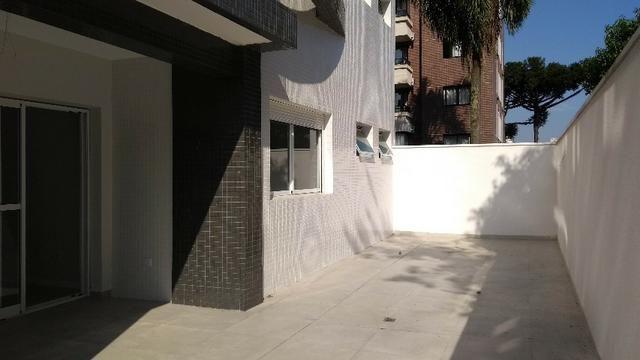 Apartamento com Terraço sendo 03 Suítes no São Francisco em Curitiba. - Foto 12