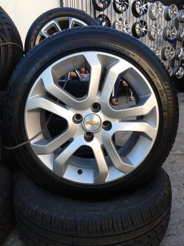 Rodas originais Vectra com pneus