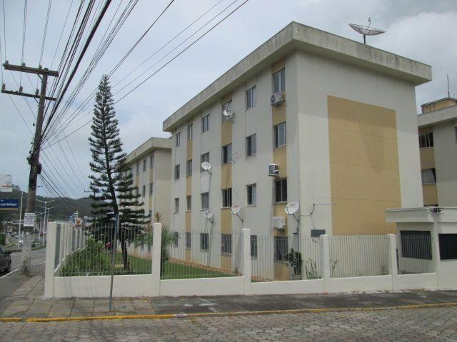 Apartamento 3 quartos + 1 Vaga, No bairro Fazenda, Reformado pronto para Morar