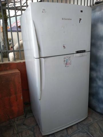 Geladeira Electrolux Frostfree Duplex 600 litros - Entrego!