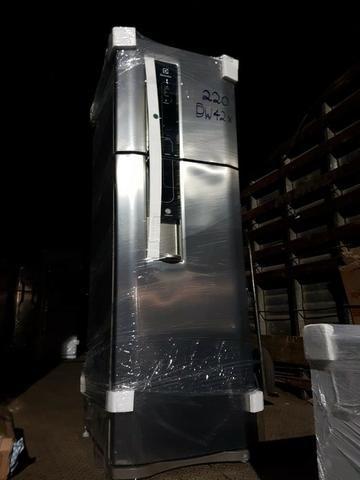 Geladeira/Refrigerador Frost Free Inox 380L Electrolux (DW42X)