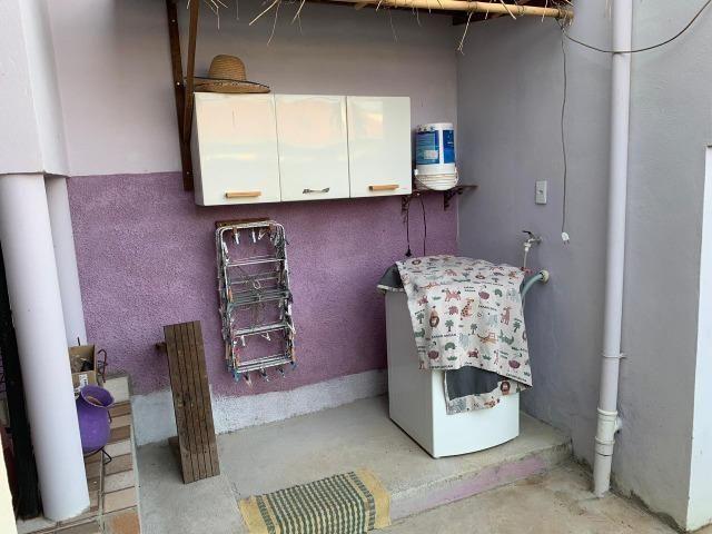 DA ótima casa em Itaúna com barracão nos fundos - Foto 8