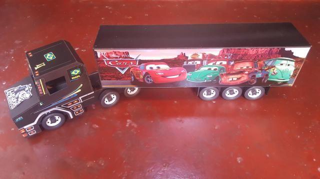 Caminhão Madeira Artesanal dos carros McQueen