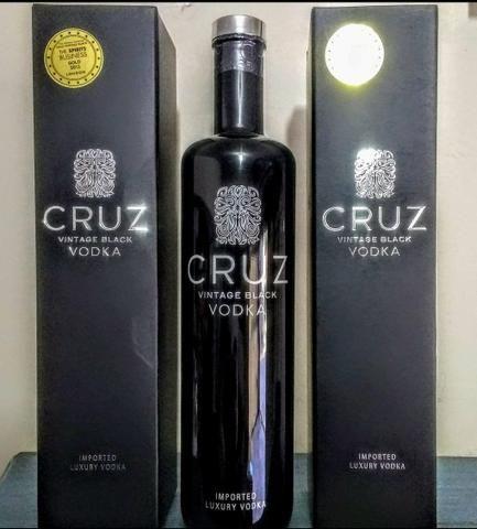Vodka sul africana Cruz vintage Black 750ml