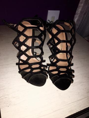 Desapego de sapatos lindos