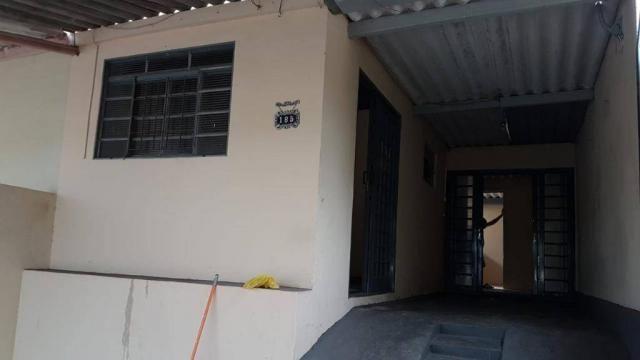 Casa com 3 dormitórios para alugar, 75 m² por R$ 700/mês - Jardim Jequitibá - Presidente P