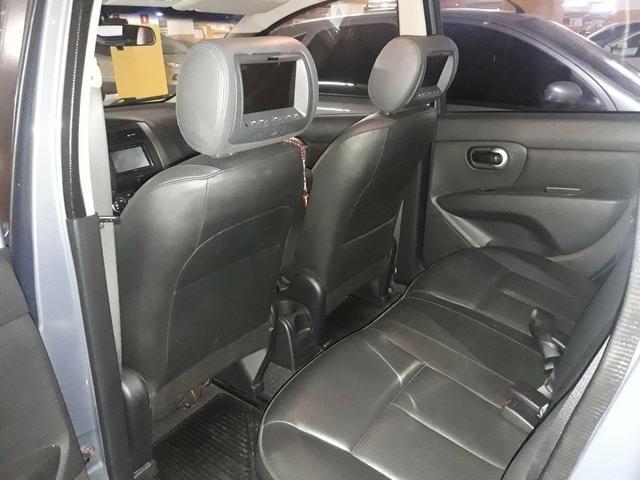 Nissan Livina X-Gear SL 1.8 16V (flex) (aut) 2013 - Foto 3