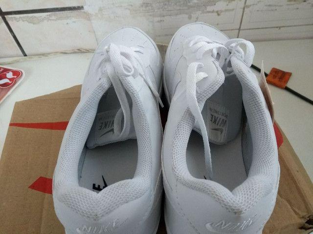 Vendo tênis Nike  original e na caixa. - Foto 2