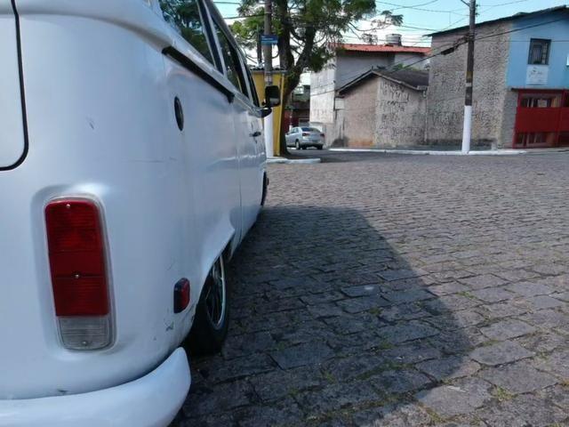 Kombi 2001 rebaixada - Foto 3