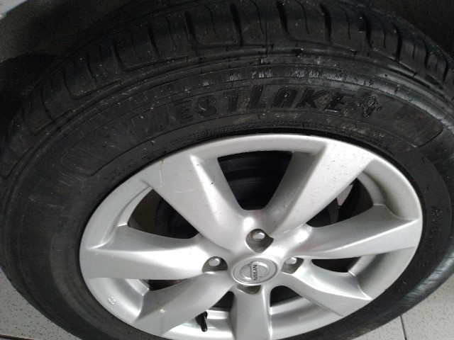 Nissan versa 1.6 sl flex 2013 - Foto 16