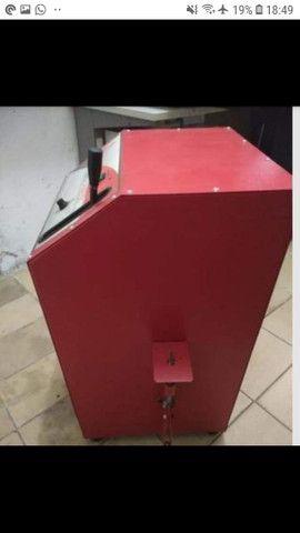 Máquina automática para fazer chinelos  - Foto 2