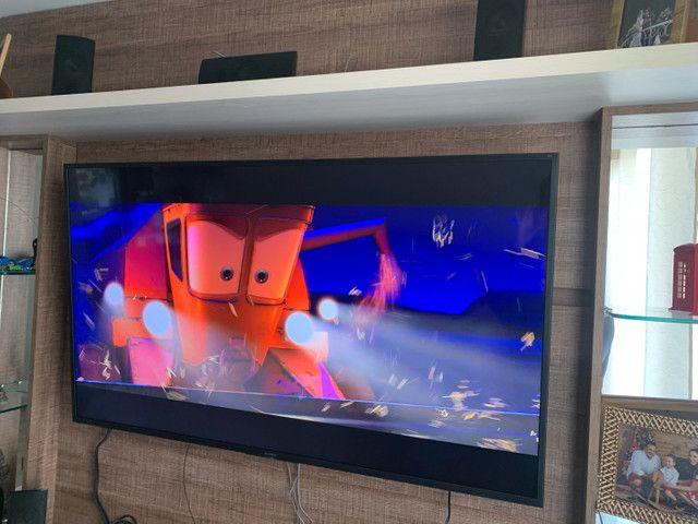 Painel rack de televisão com 4 gavetas - Foto 5